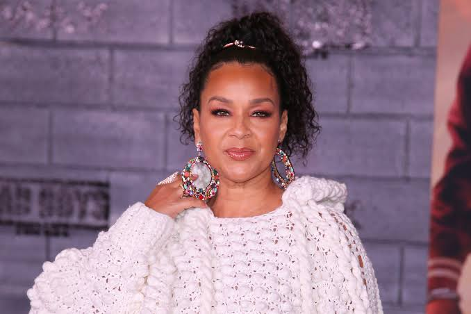 NOW WAIT A MINUTE, DIAMOND!: LisaRaye Talks Dating Bisexual Man In The Industry Who Is Still Hiding His Sexuality (VIDEO)