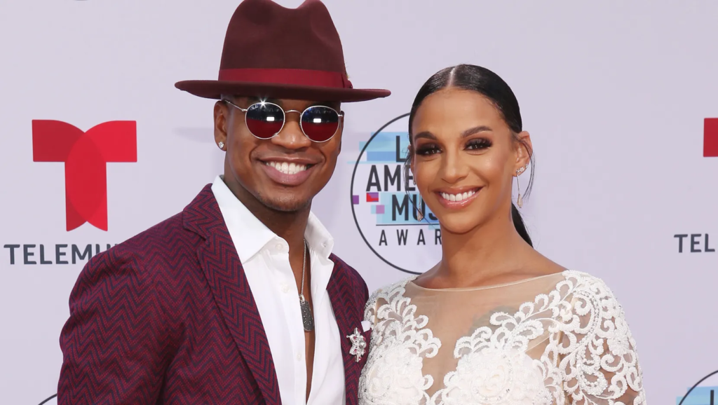 """IT BE LIKE THAT SOMETIMES: Crystal Smith Says Ne-Yo """"Filed For Divorce"""" Then Came Home & """"Asked What Was For Dinner"""" (VIDEO)"""