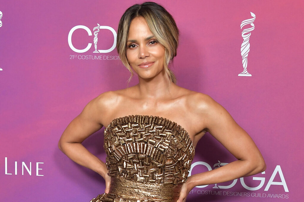"""TODAY IN NEWS YOU ABSOLUTELY CAN'T USE: Halle Berry Would Like to Share With Us That She Had Her First Orgasm at 11-Years-Old – """"I Did it Myself!"""